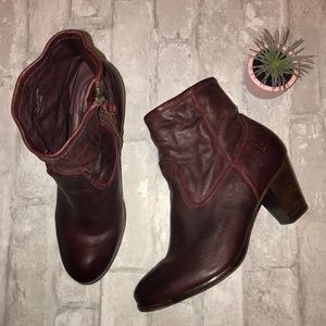 Frye Burgundy Paulina Artisan Zip Booties size 7.5